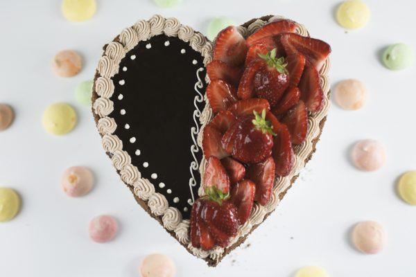 Pasticceria Ottocento - Torta Cuore - Cuore Fragole e Cioccolato